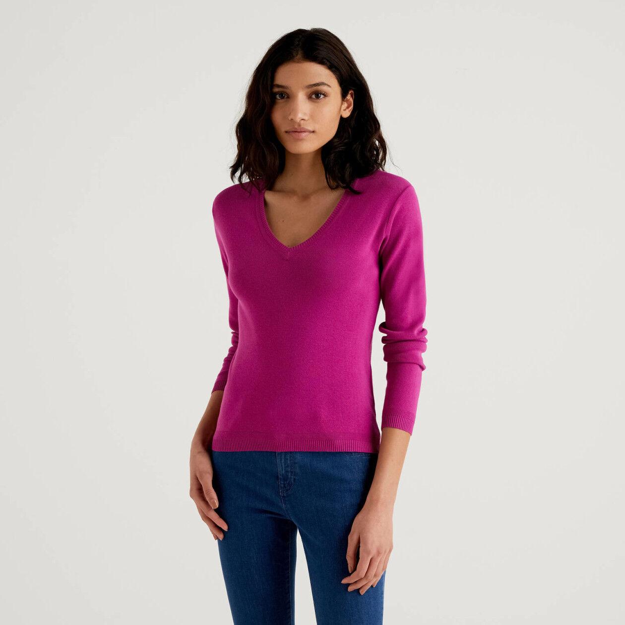 Μπλούζα με V λαιμόκοψη από βαμβακερό