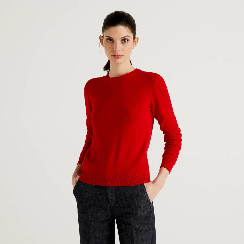 Μπλούζα με λαιμόκοψη κόκκινη από αγνό παρθένο μαλλί