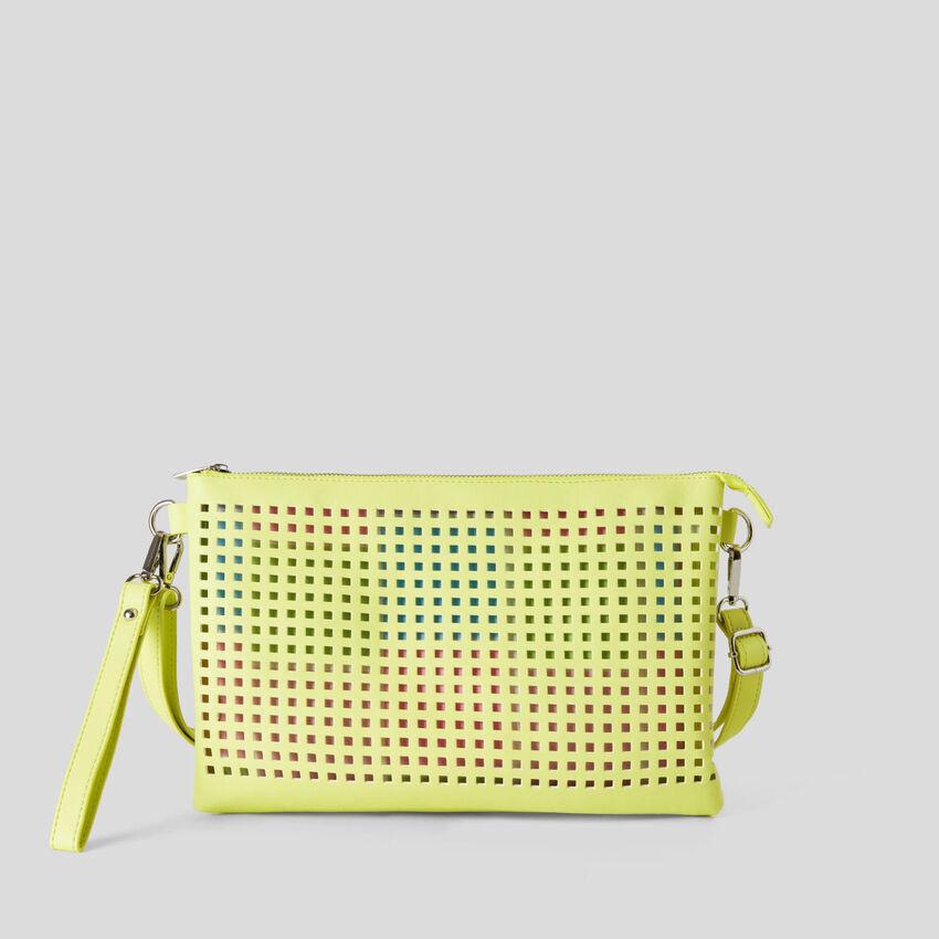 Τσάντα τρυπητή με αφαιρούμενα pochette