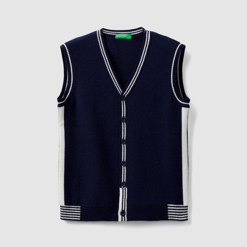 Knit V-neck vest