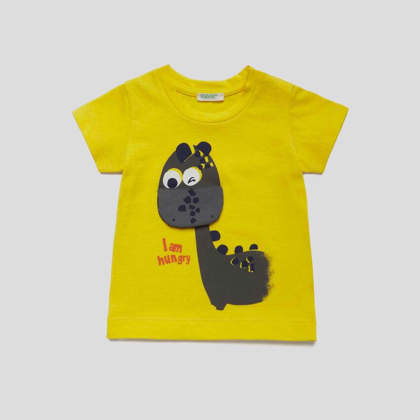 T-shirt με διακοσμητική λεπτομέρεια