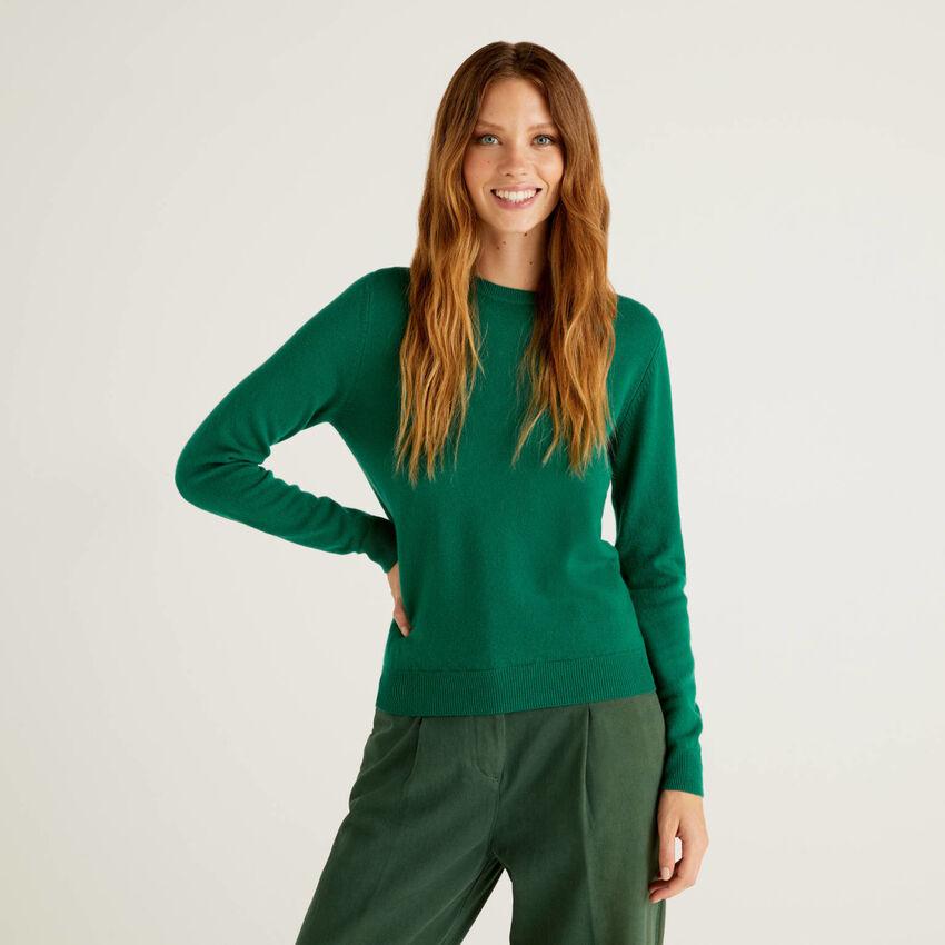 Μπλούζα με λαιμόκοψη πράσινο σκούρο από αγνό παρθένο μαλλί