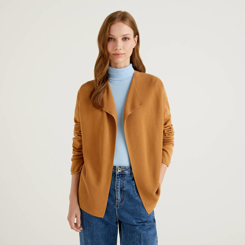 Open cardigan with knit panels