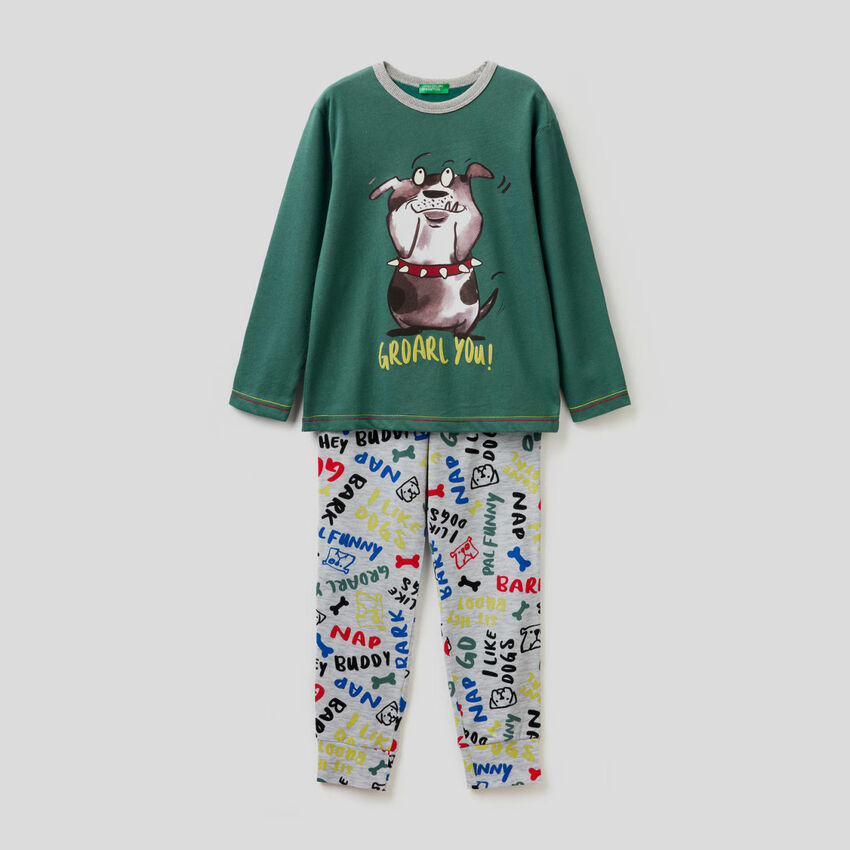 Cotton pyjamas with patterned trousers