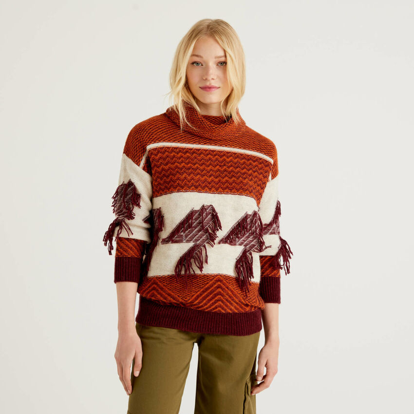 Sweater with jacquard knit