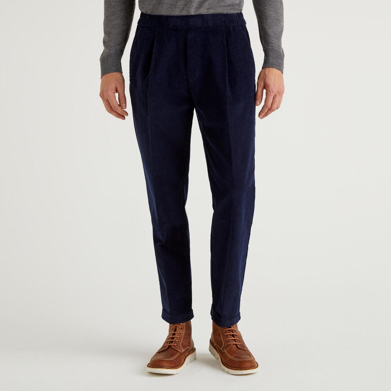Παντελόνι από βελούδο με ρεβέρ