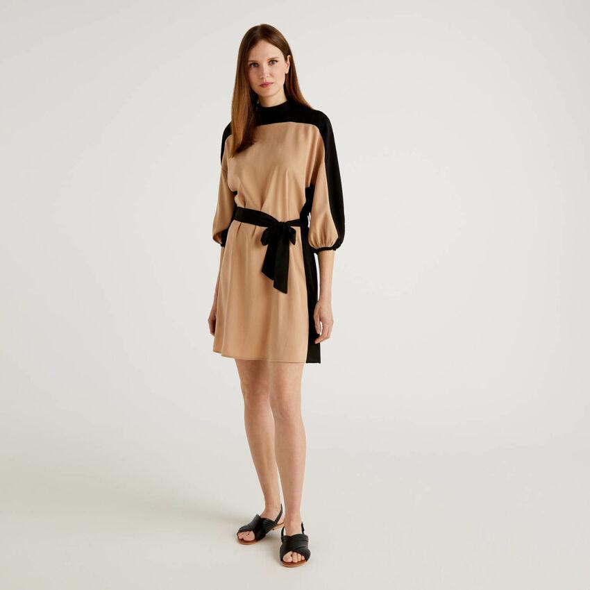 Φόρεμα color block με μανίκια 3/4
