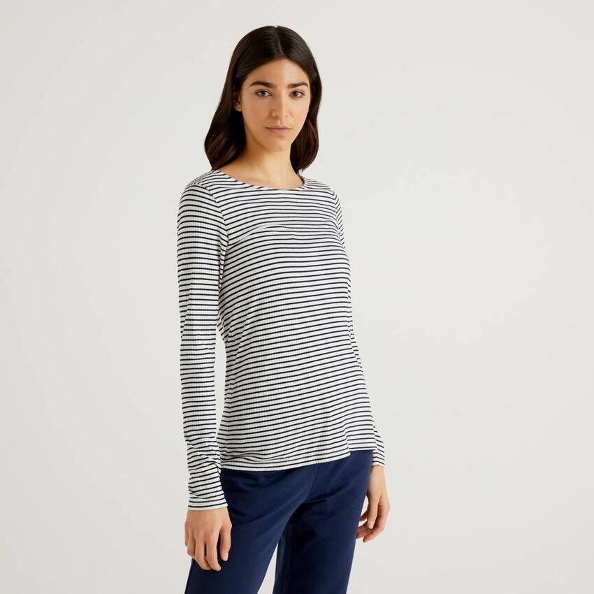 T-shirt ριγέ από ανάμεικτη βισκόζη stretch