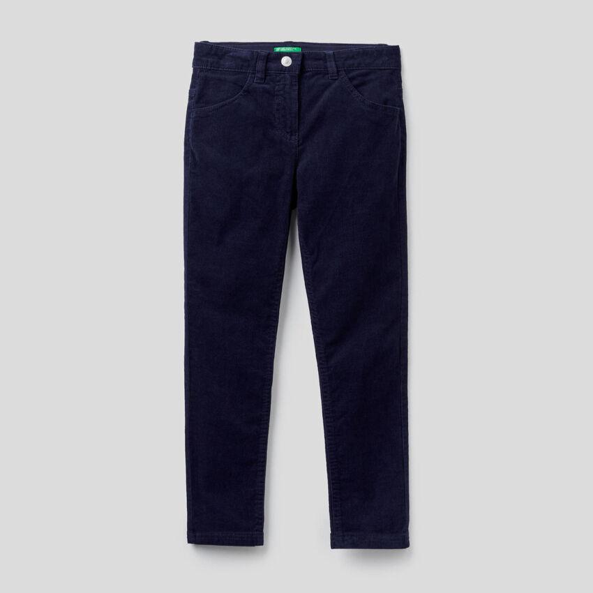 Παντελόνι από βελούδο stretch