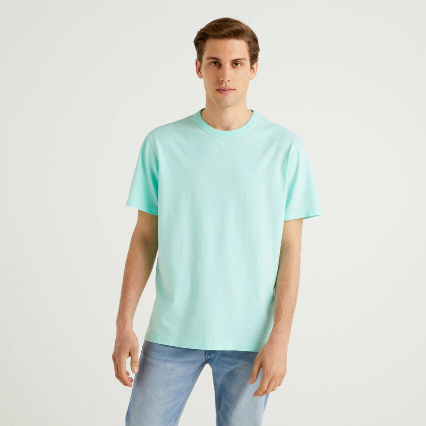 100% cotton t-shirt with logo