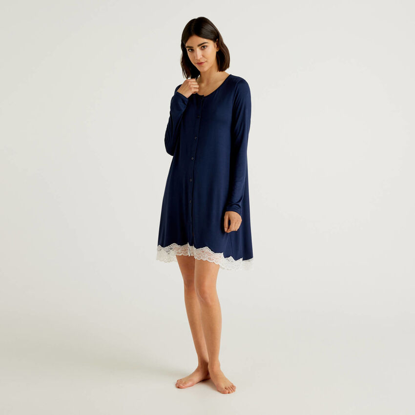 Nightshirt with buttons
