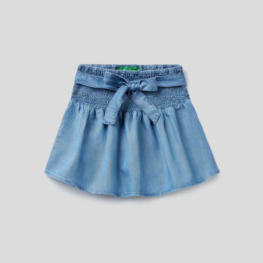 Flared skirt in light denim