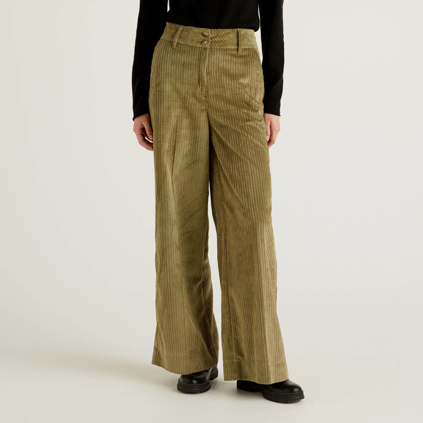 Παντελόνι καμπάνα από βελούδο