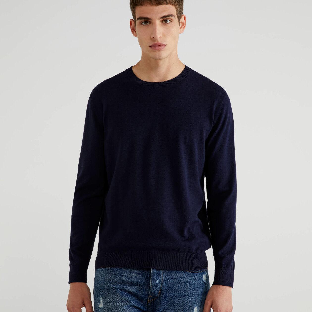 Μπλούζα με λαιμόκοψη από βαμβακερό τρικό