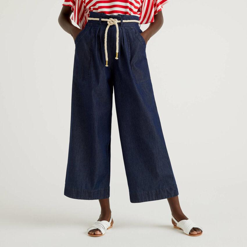 Παντελόνι καμπάνα με ζώνη