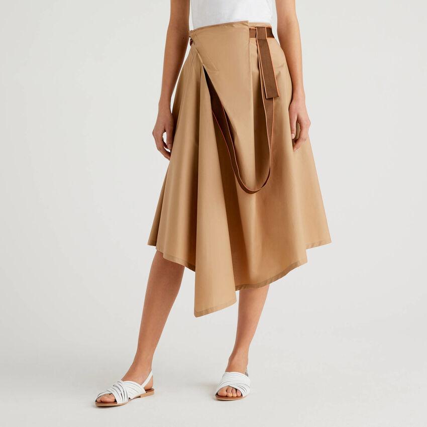 Φούστα ασύμμετρη με φιόγκο