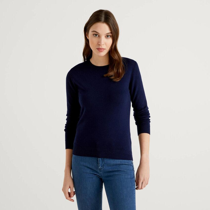 Μπλούζα με λαιμόκοψη μπλε σκούρο από αγνό παρθένο μαλλί