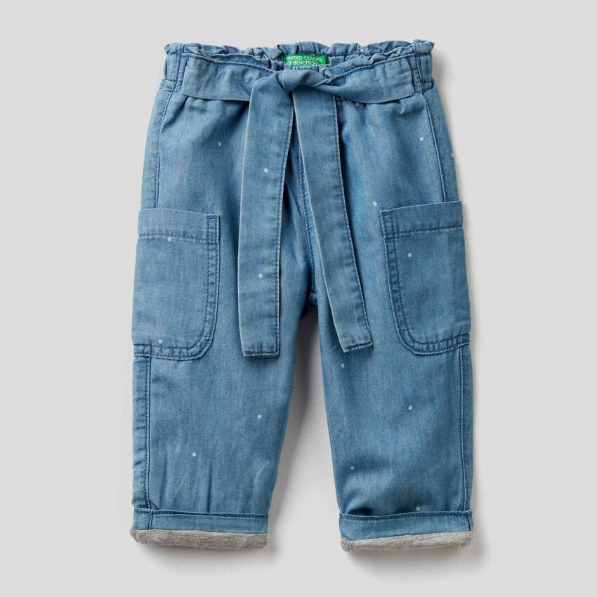 Παντελόνι cargo από ελαφρύ denim