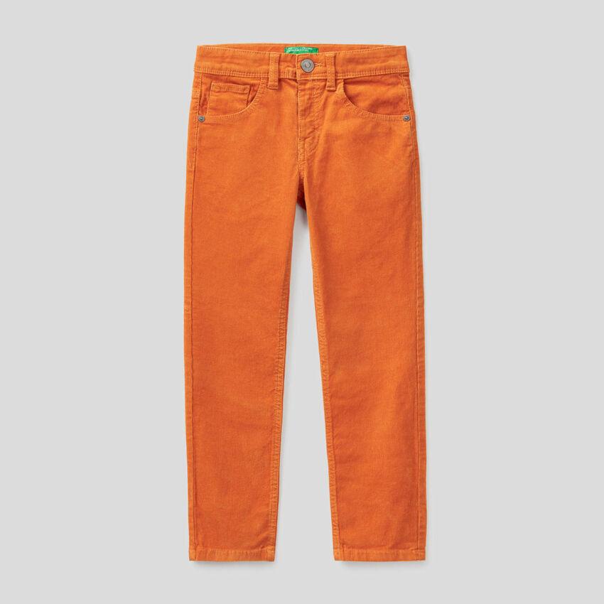 Παντελόνι slim fit από βελούδο stretch