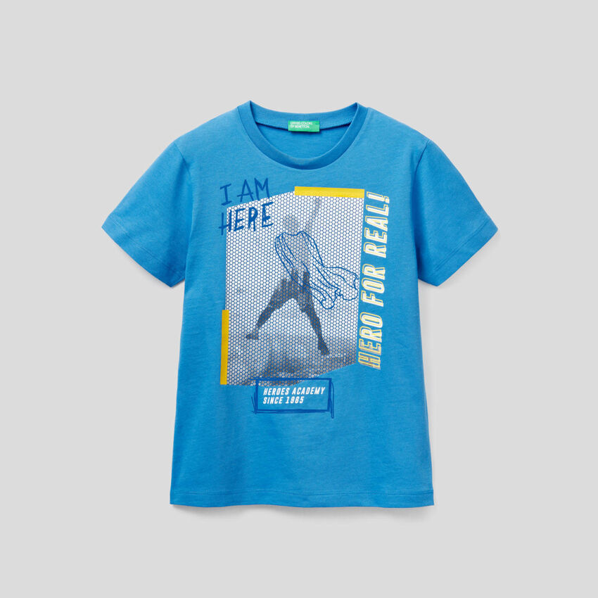 T-shirt με τύπωμα με σχέδιο