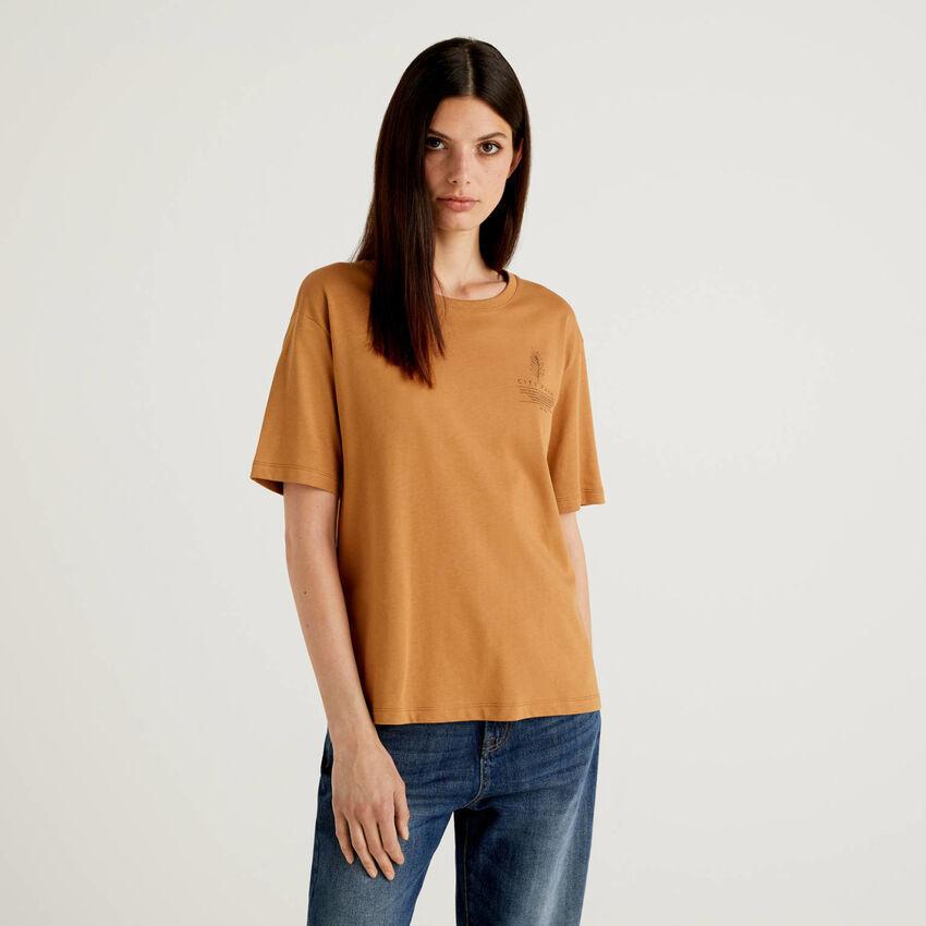 T-shirt με σλόγκαν από 100% οργανικό βαμβακερό