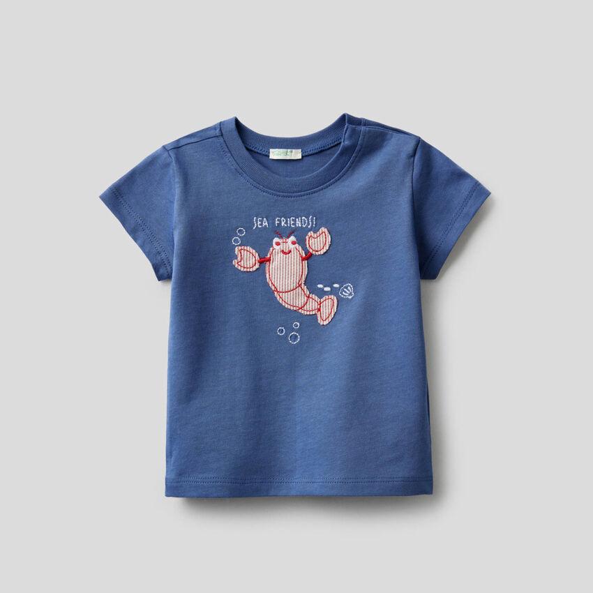 T-shirt από οργανικό βαμβακερό με κέντημα