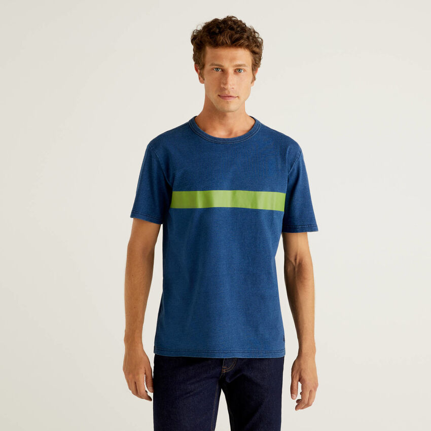 T-shirt από αγνό βαμβακερό με λουλακί βαφή