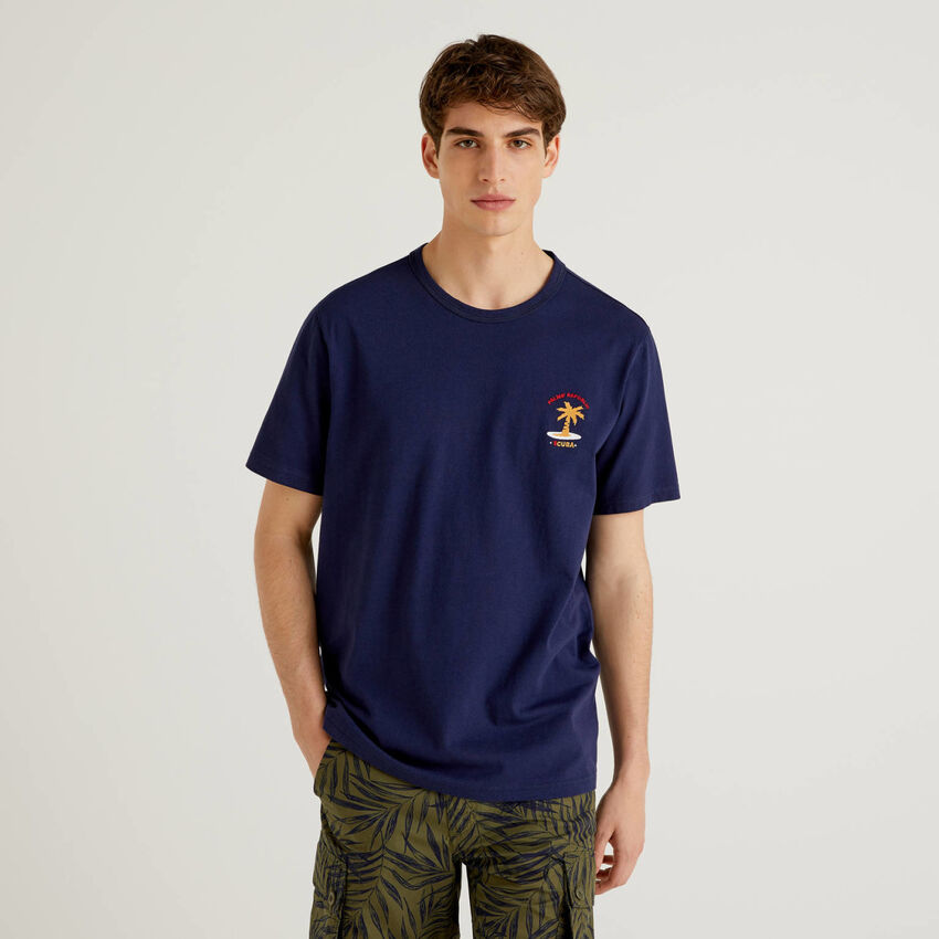 Pure cotton t-shirt with embroidery