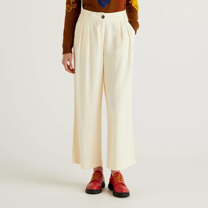 Παντελόνι με γραμμή culotte