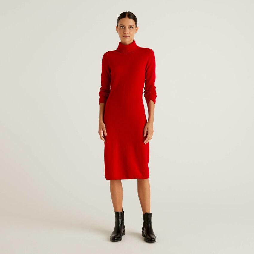 Φόρεμα ζιβάγκο από πλεκτό ύφασμα