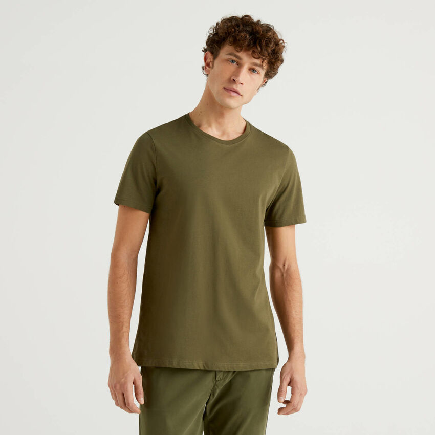 Military green t-shirt in pure cotton
