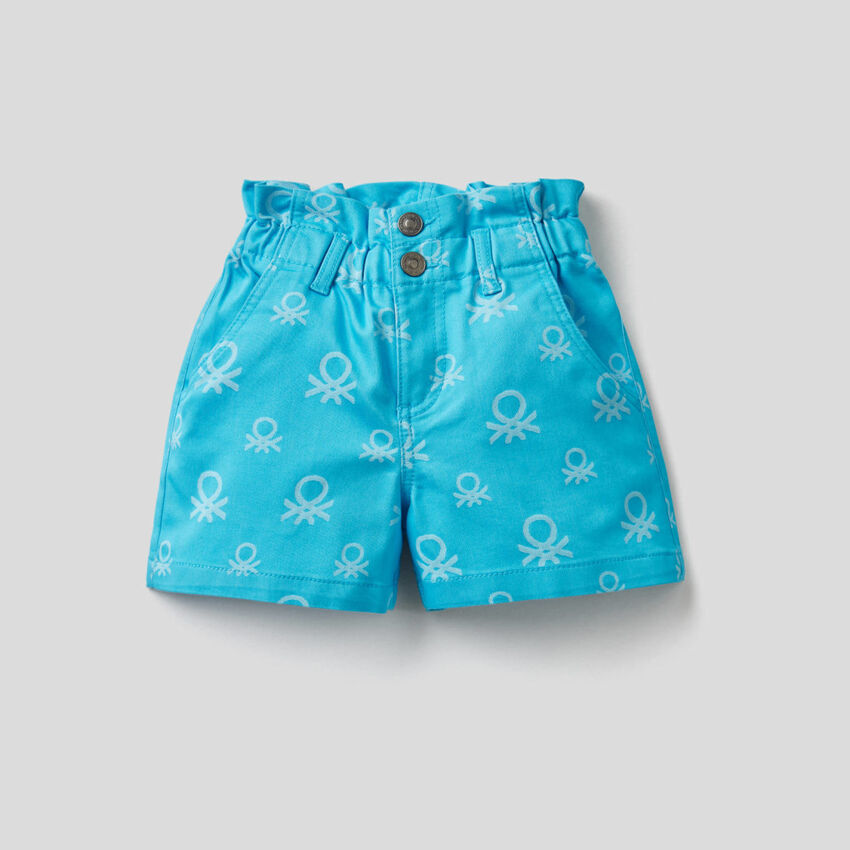 High waisted shorts with logo pattern