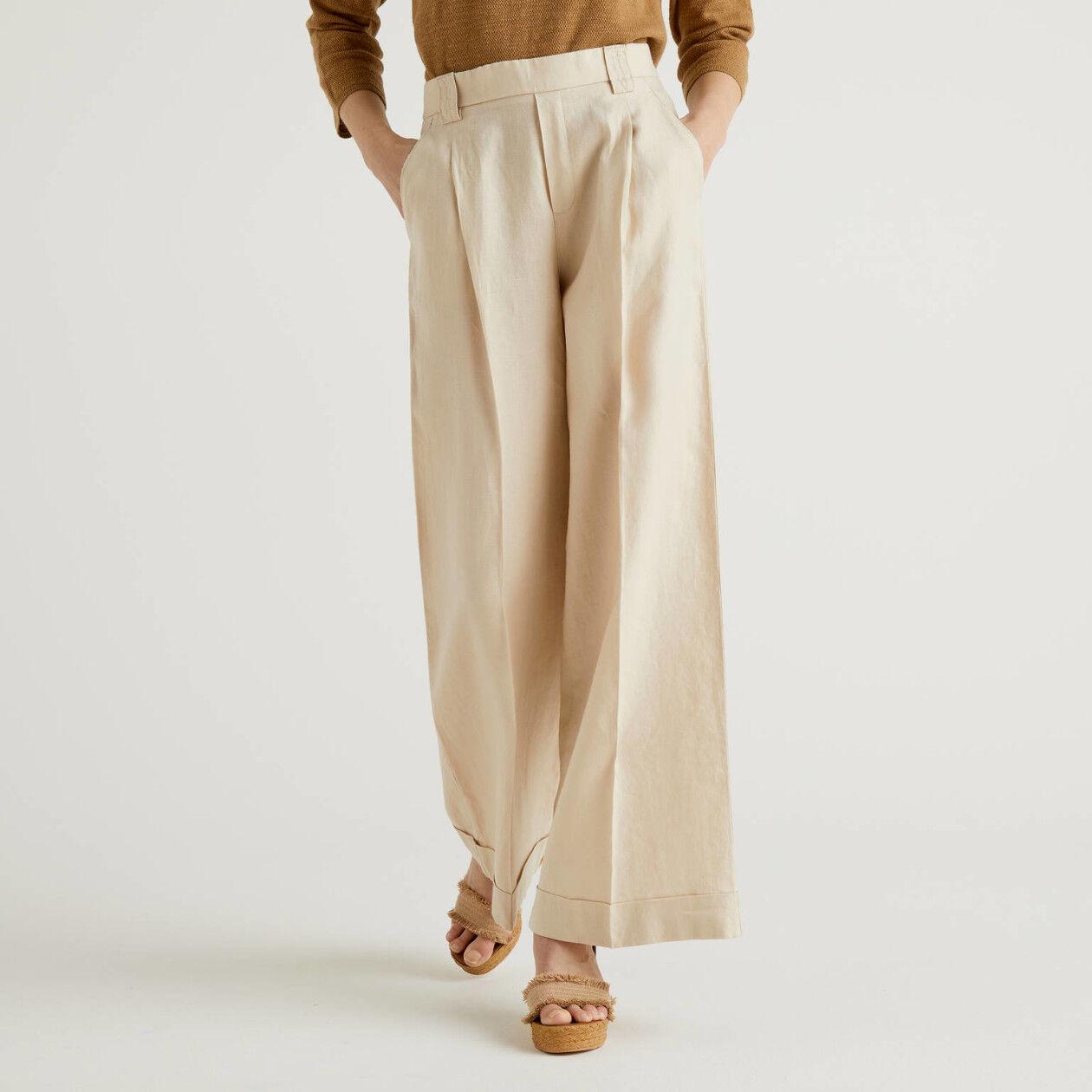 Παντελόνι με φαρδιά γάμπα από 100% λινό
