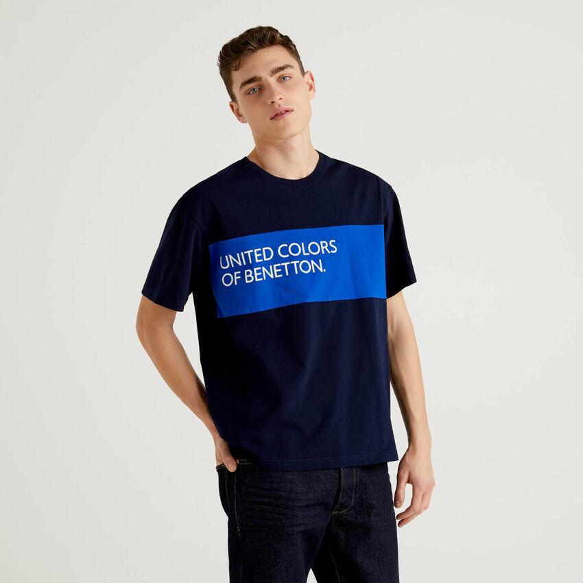 T-shirt 100% βαμβακερό με φάσα που κάνει αντίθεση