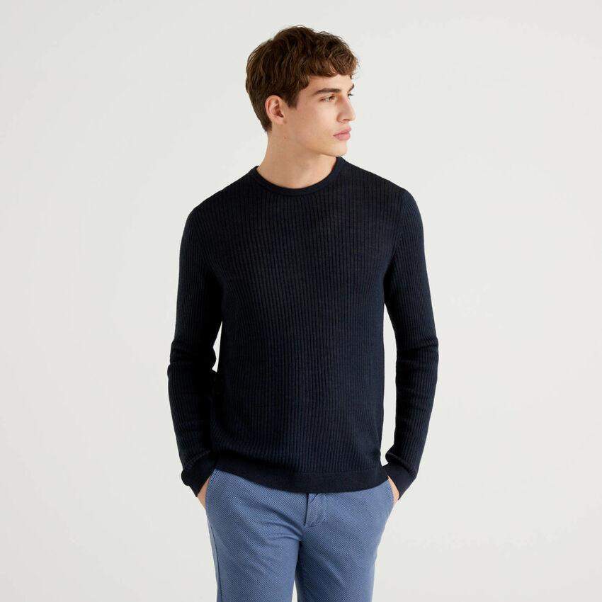 Μπλούζα με λαιμόκοψη με ριπ ύφανση